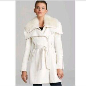 GUC BCBG MAX AZRIA Wool and fur coat